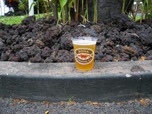 協賛のKona Brewing Co.のラガー